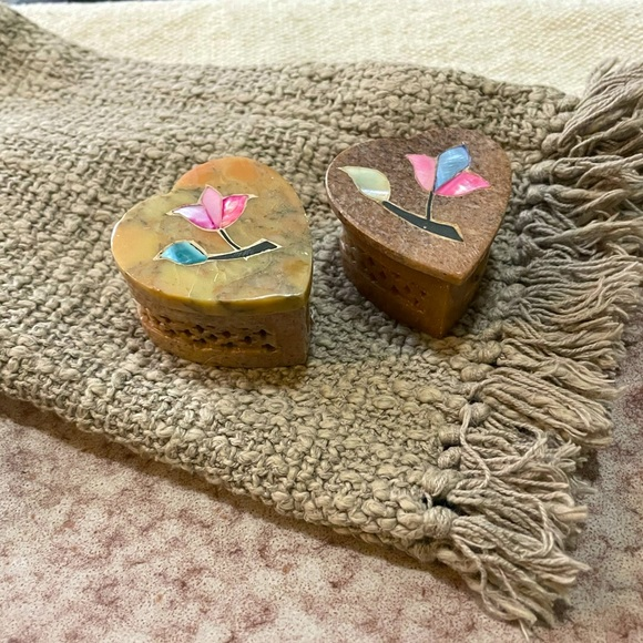 Set of 2 stone jewelry boxes